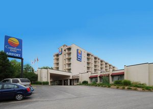 Exterior view Hotel with Parking Facility Airport Inn , MO 63134